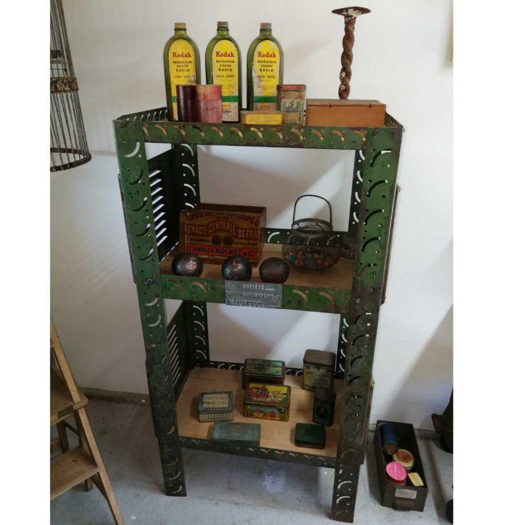 Industrielt møbel